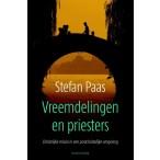 Vreemdelingen en Priesters :  Paas, 9789023970446