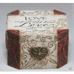 Box steen 10.1x10.1x9.5 love is patient